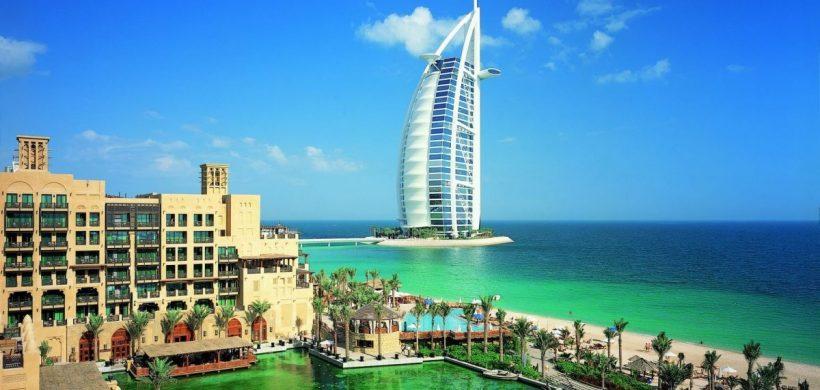 Vacanta in Dubai in plin sezon, 260 euro! (zbor si cazare 5 nopti)