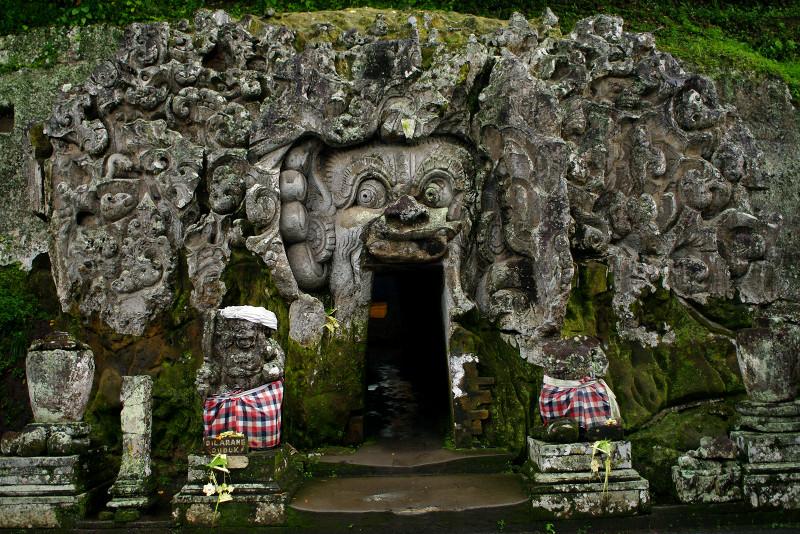bali-goa-gajah-elephant-cave