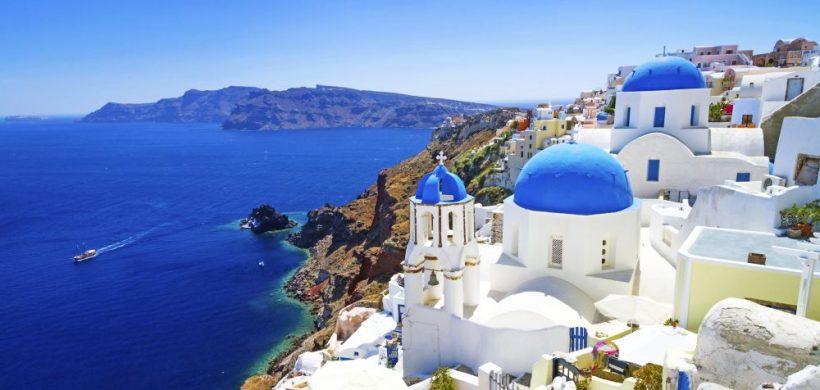 Santorini, pe calea măgarilor și Oia, satul de pe cărțile poștale