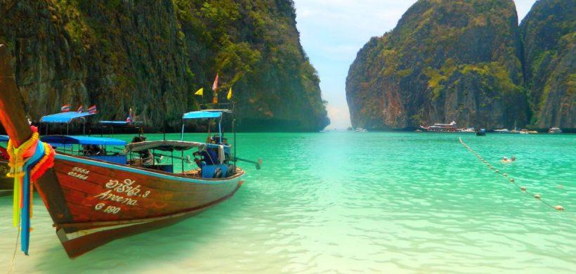 Phuket, Thailanda, 453 EUR dus-intors din Bucuresti in Noiembrie