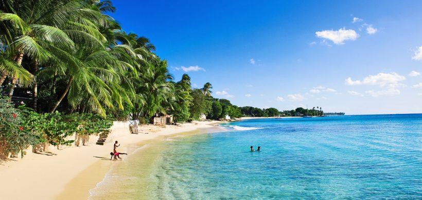 Caraibe in plin sezon! Zboruri catre Barbados de la 525 euro dus-intors