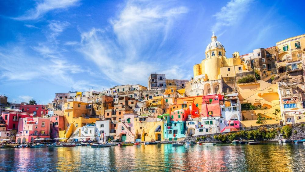 Weekend de vara la Napoli! 124 eur/pers (zbor si cazare 3 nopti)
