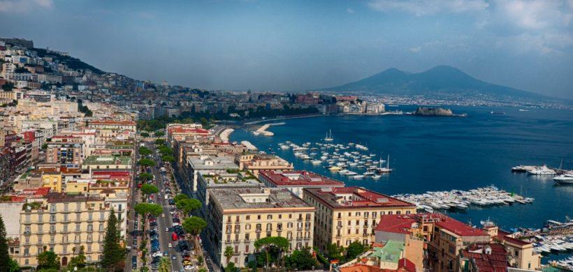 City break Napoli si excursie in Pompeii: 104 eur/pers (zbor, cazare 3 nopti,mic-dejun, transfer)