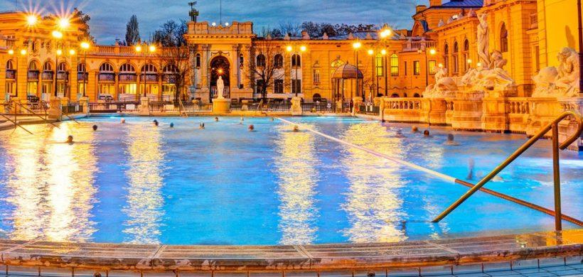 City break Budapesta + 1 zi de SPA la Szechenyi! 105 euro (zbor, cazare 4 nopti si taxa intrare)