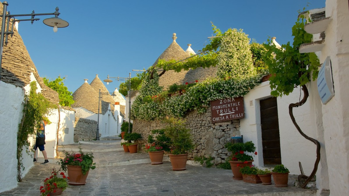 Image result for alberobello italia