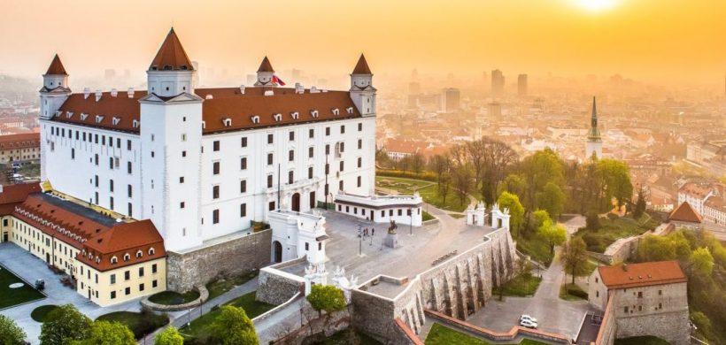 City break in Bratislava, 76 euro! (zbor si cazare 3 nopti)