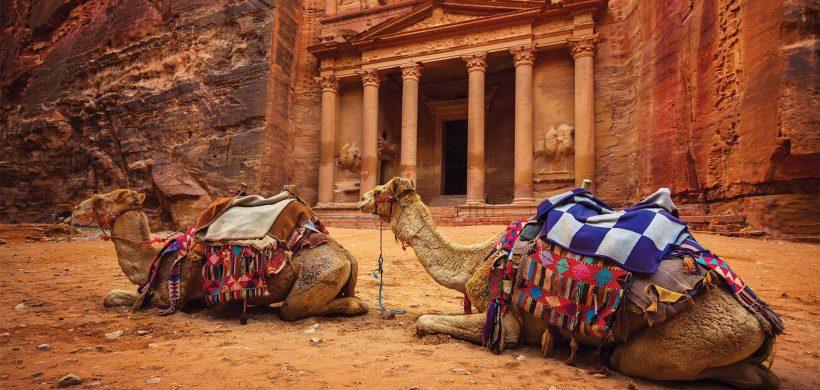 Descopera Petra si desertul Wadi Rum! Zboruri catre Amman la 97 euro dus-intors