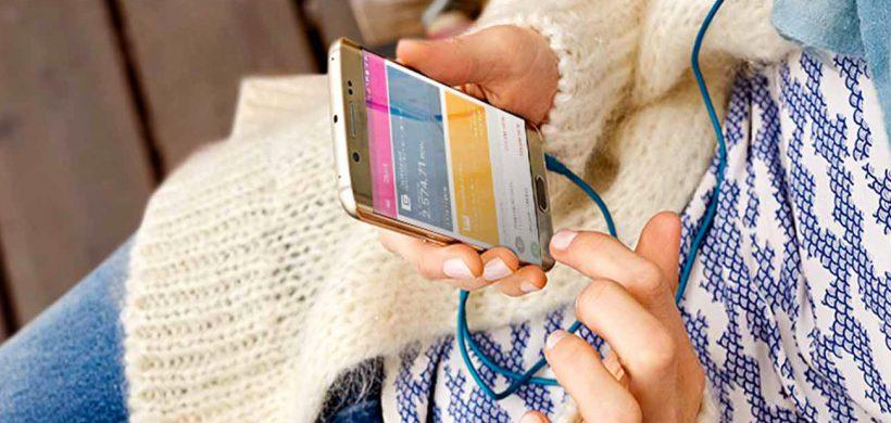 Un nou serviciu de banking util călătorilor, de la Telekom și Alior Bank