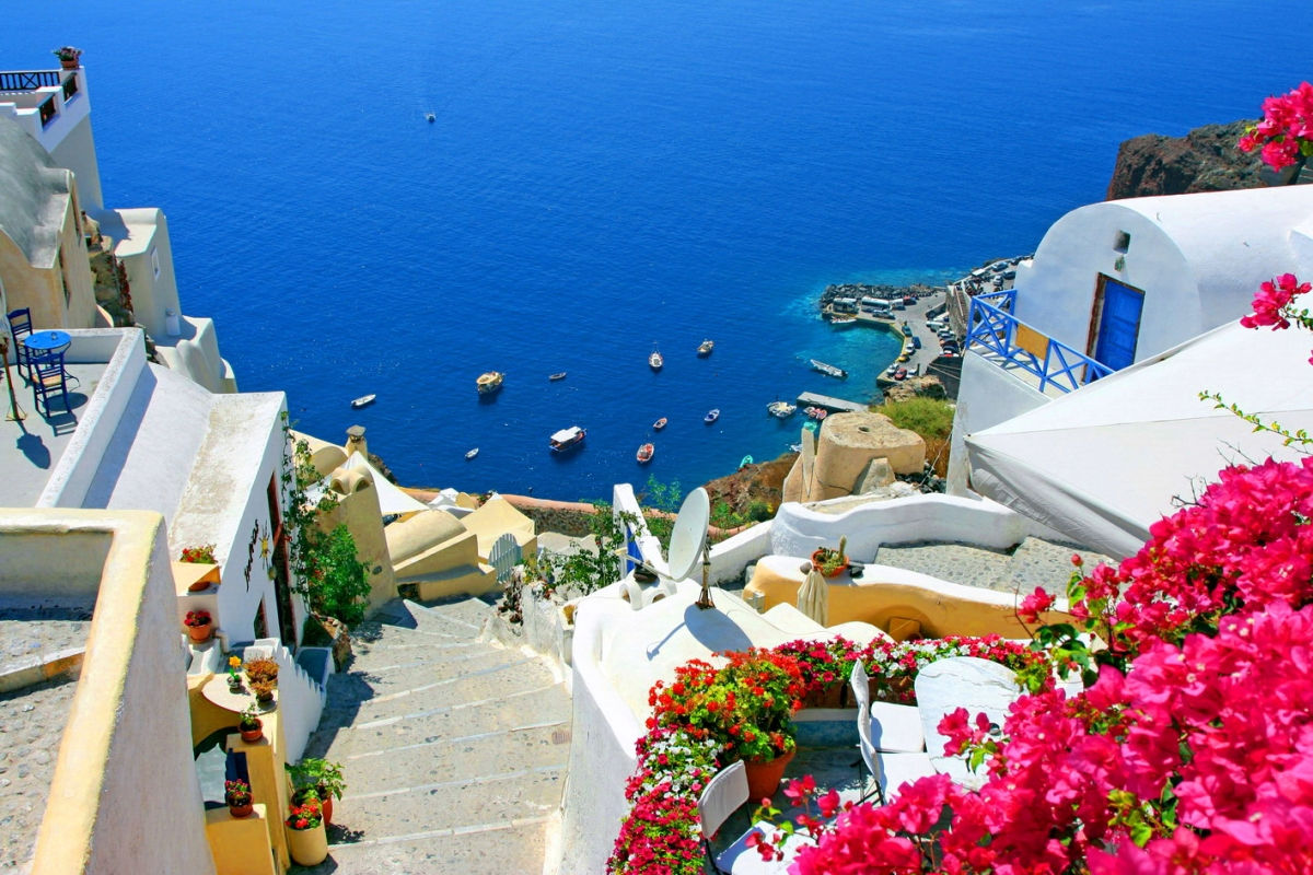 Vacanta de vara in Santorini, 196 euro! (zbor + cazare 7 nopti)
