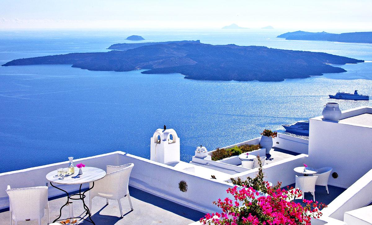 Vacanta in Santorini, 252 euro! (zbor si cazare 7 nopti)