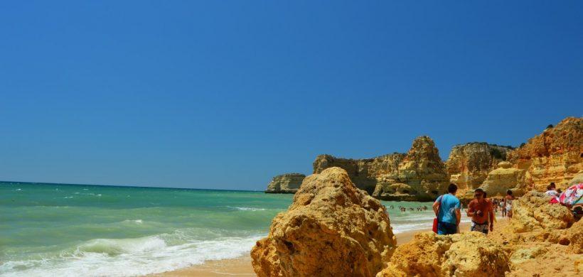 Vacanță în sudul Portugaliei? Cum arată plajele din Algarve