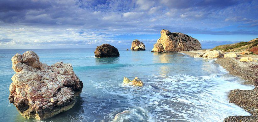 City break pe insula Afroditei, 51 euro! (zbor si cazare 3 nopti)