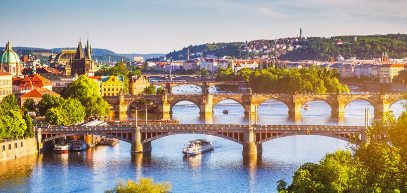 Weekend prelungit in Praga, 155 euro! (zbor cu Tarom si cazare 3 nopti)