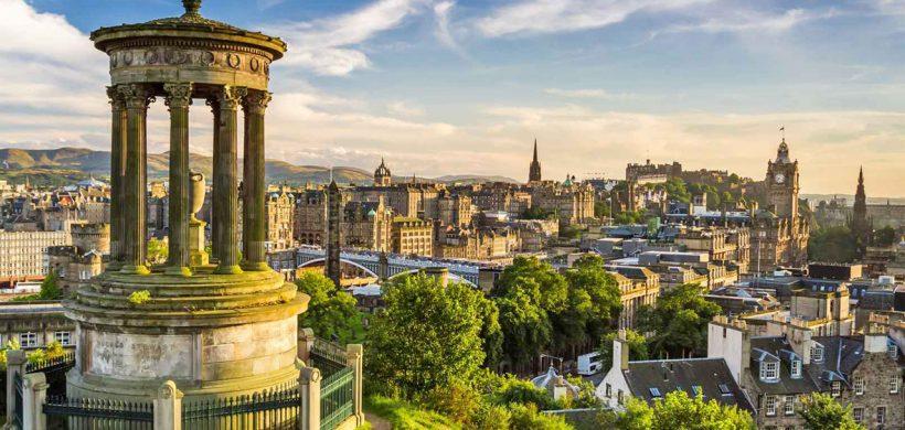 Zboruri ieftine catre Scotia, Edinburgh! de la 15 euro dus-intors