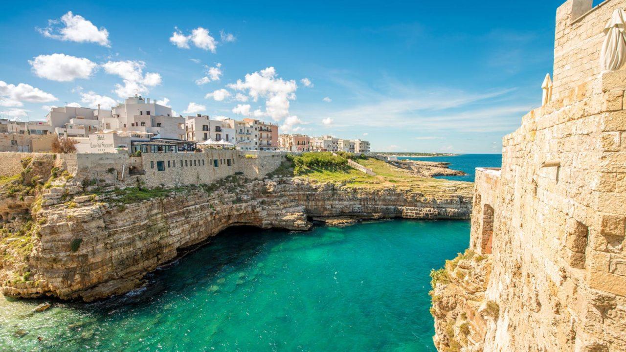 IULIE: Vacanta in Puglia, weekend inclus, 173 euro! (zbor + cazare 4 nopti)