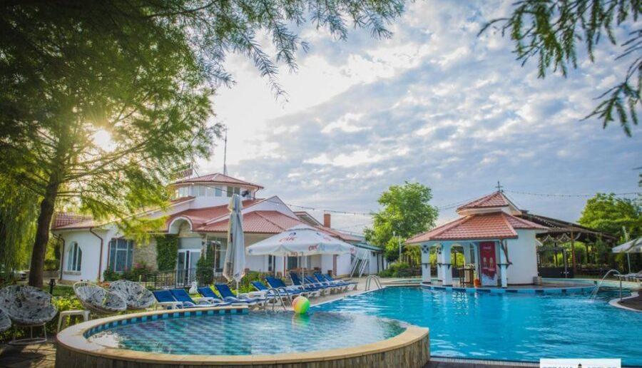 10 pensiuni unde te poti relaxa in Delta Dunarii, de la 22 euro/persoana!